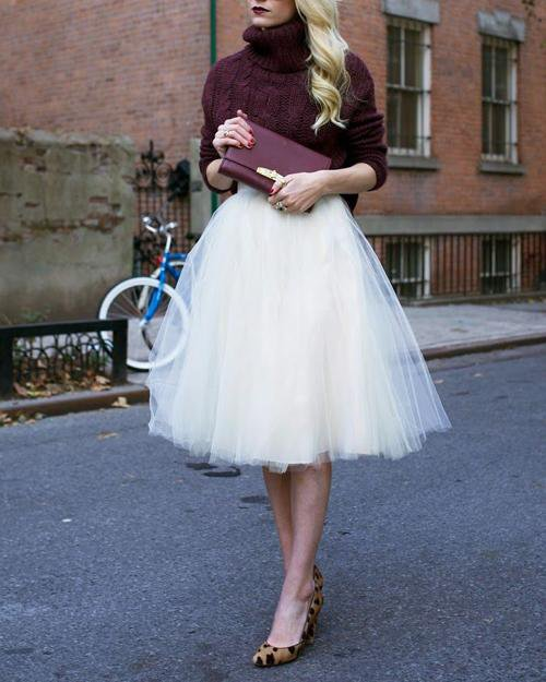 Classical White and Black Bubble Skirt