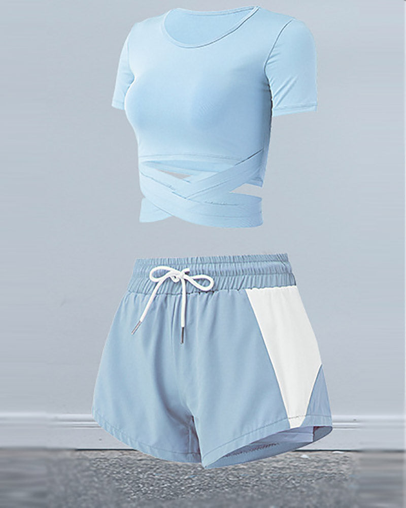 Fashionable Workout Top & Shorts 2 Pieces Set