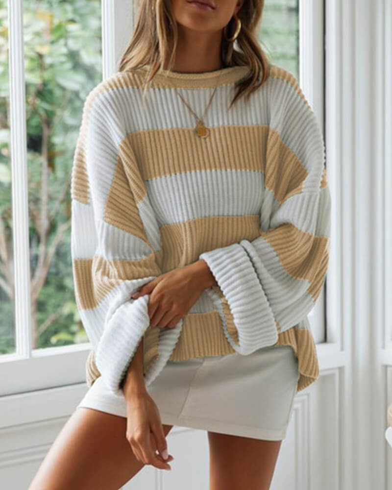 Rounded Collar Curly Edge Sweater