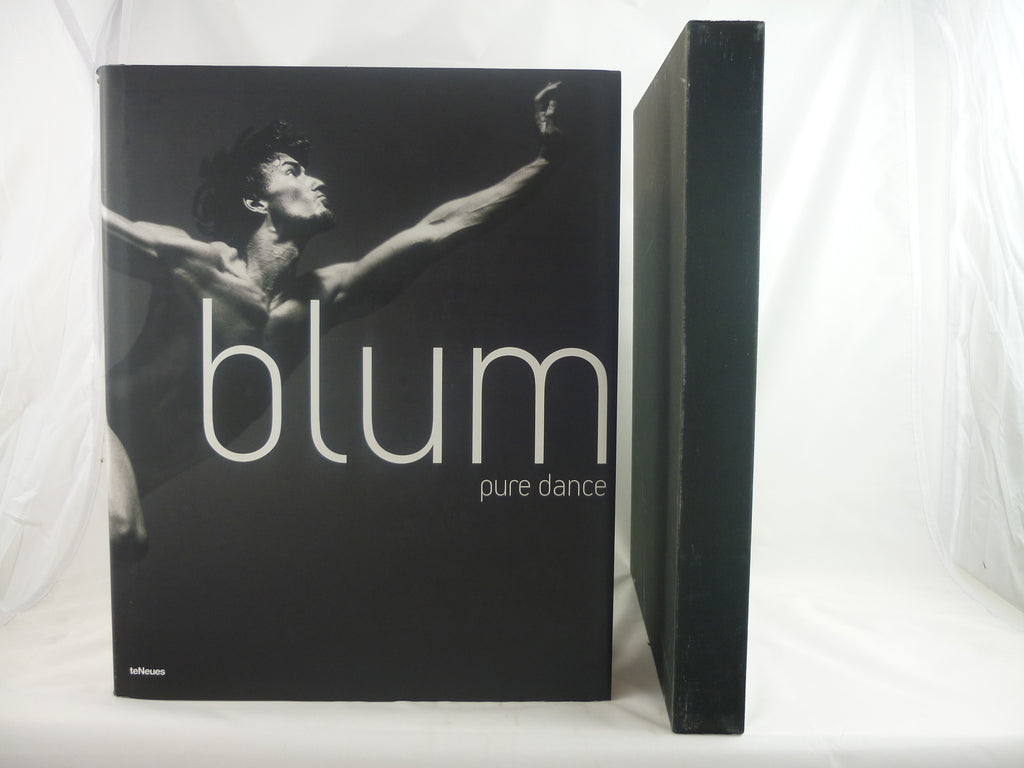 Pure Dance : Photographs of the Stuttgart Ballet. PHOTOGRAPHIC PRINT SIGNED BY DIETER BLUM.