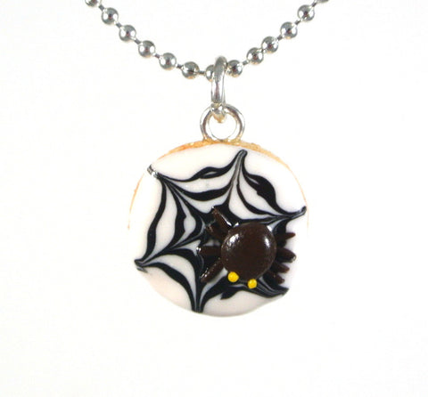 Spider Web Cookie Necklace - Gemnesis