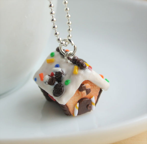Gingerbread House Necklace - Gemnesis