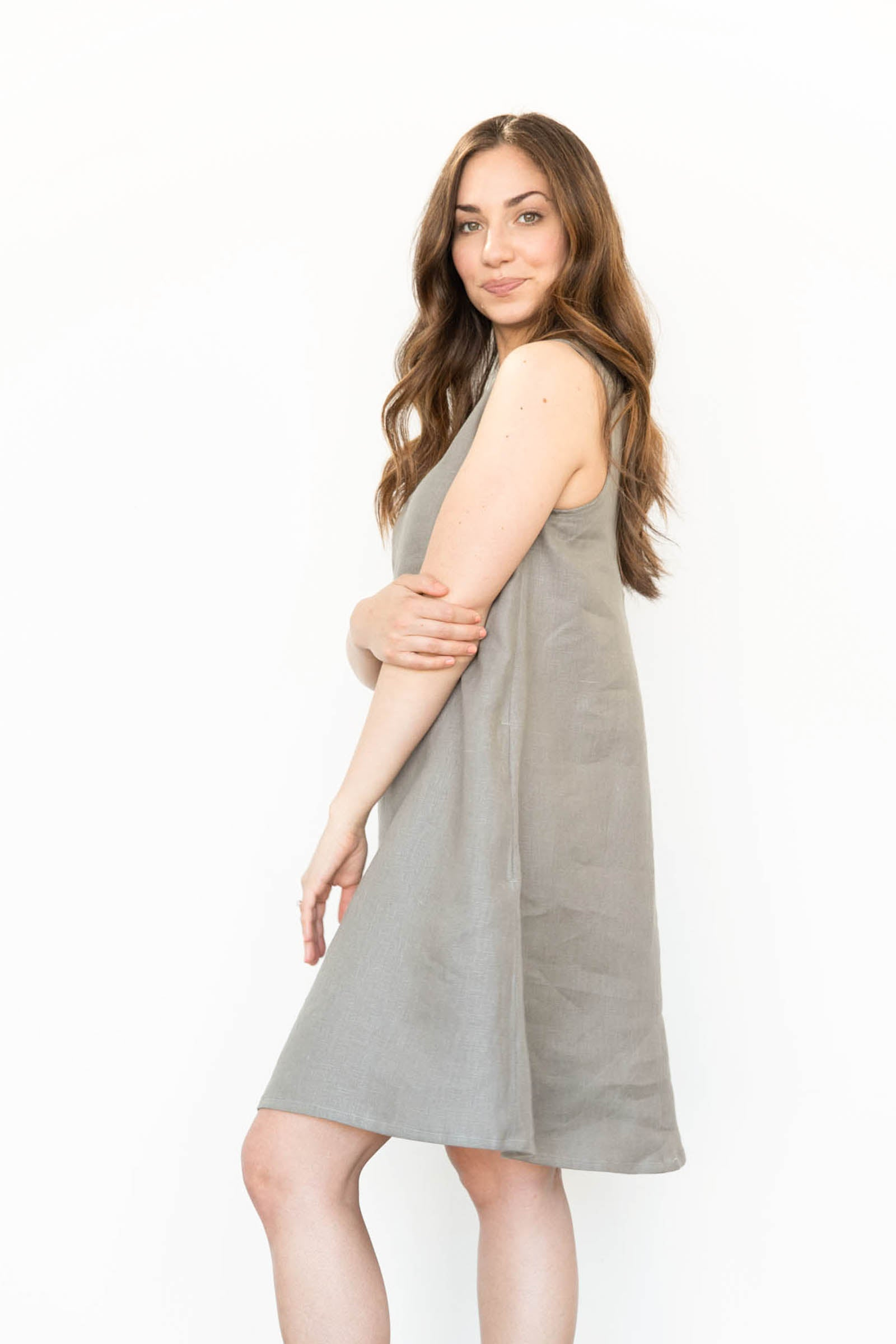 Hayes Dress in Linen
