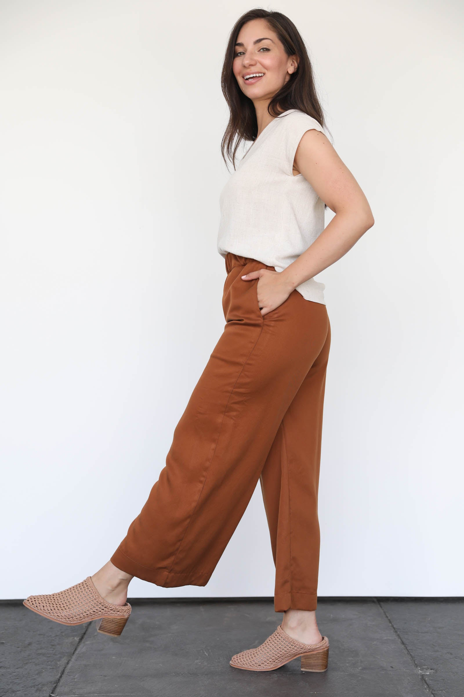 Cove Pants in Amber Tencel