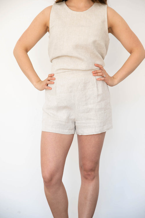 Keaton Pleated Shorts in Linen