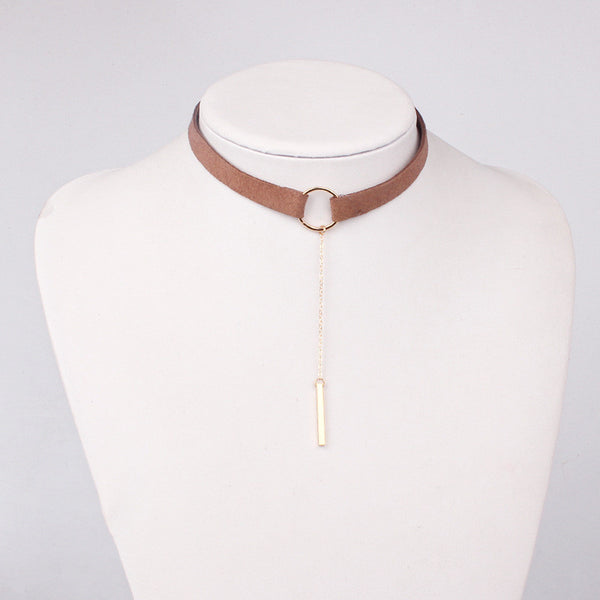 Choker bar necklaces & pendant