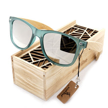 Load image into Gallery viewer, Hot Selling Women's Bamboo Polarized Sunglasses in Gift Box