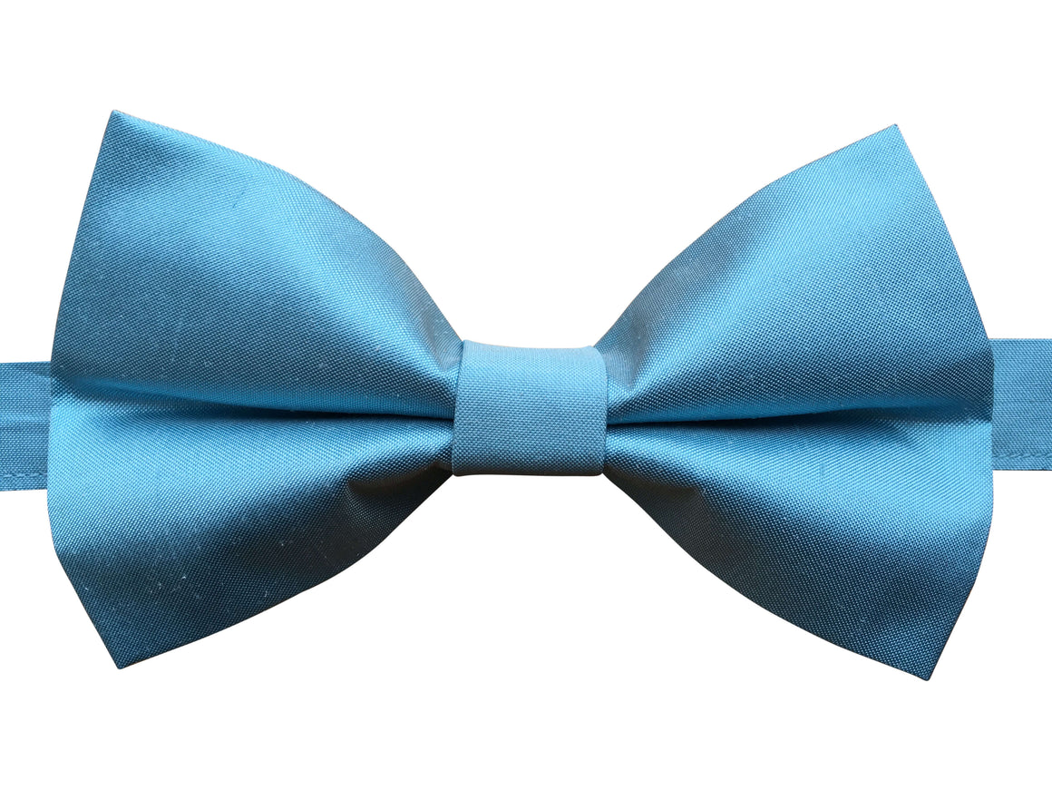 Pure Silk Bow Tie in Aqua
