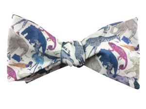 liberty print white queue for the zoo bow tie