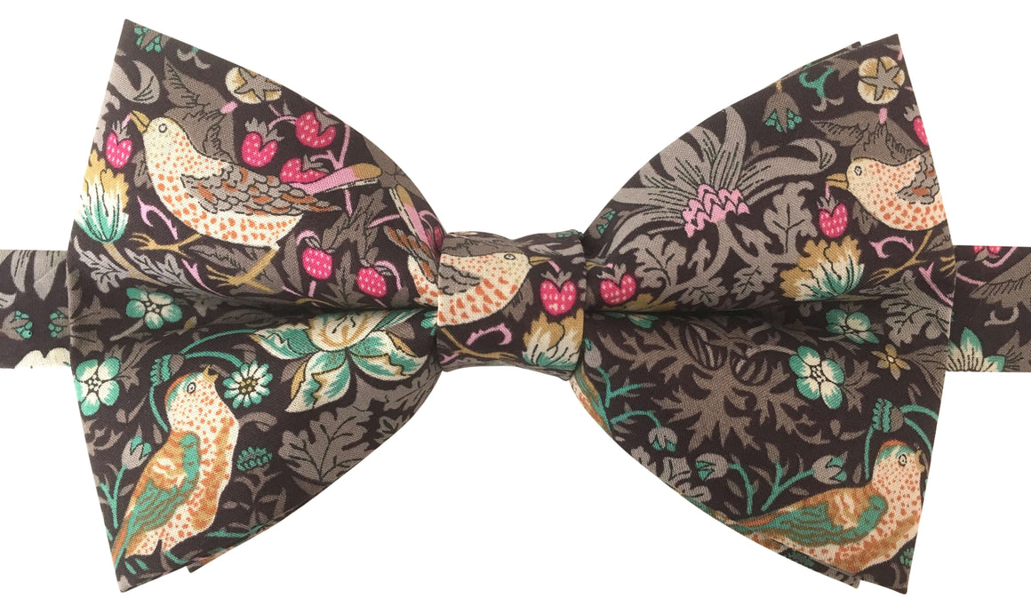 Little Birds 'Strawberry Thief' Bow Tie