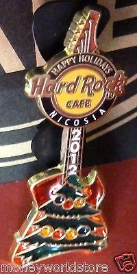 HARD ROCK CAFE CYPRUS -NICOSIA*CHRISTMAS TREE 2012 GUITAR PIN*discontinued-moneyworld-store