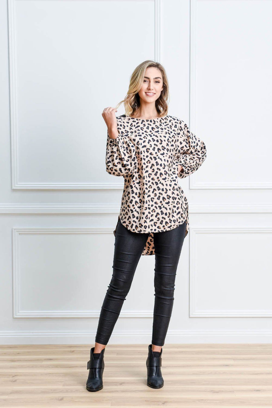 Cambridge Top | Beige Leopard Top Gray Label