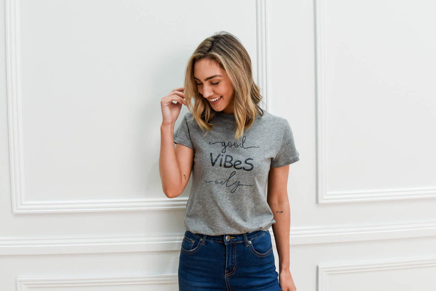 Good Vibes Only Tee | Grey Marle Tee Gray.Label