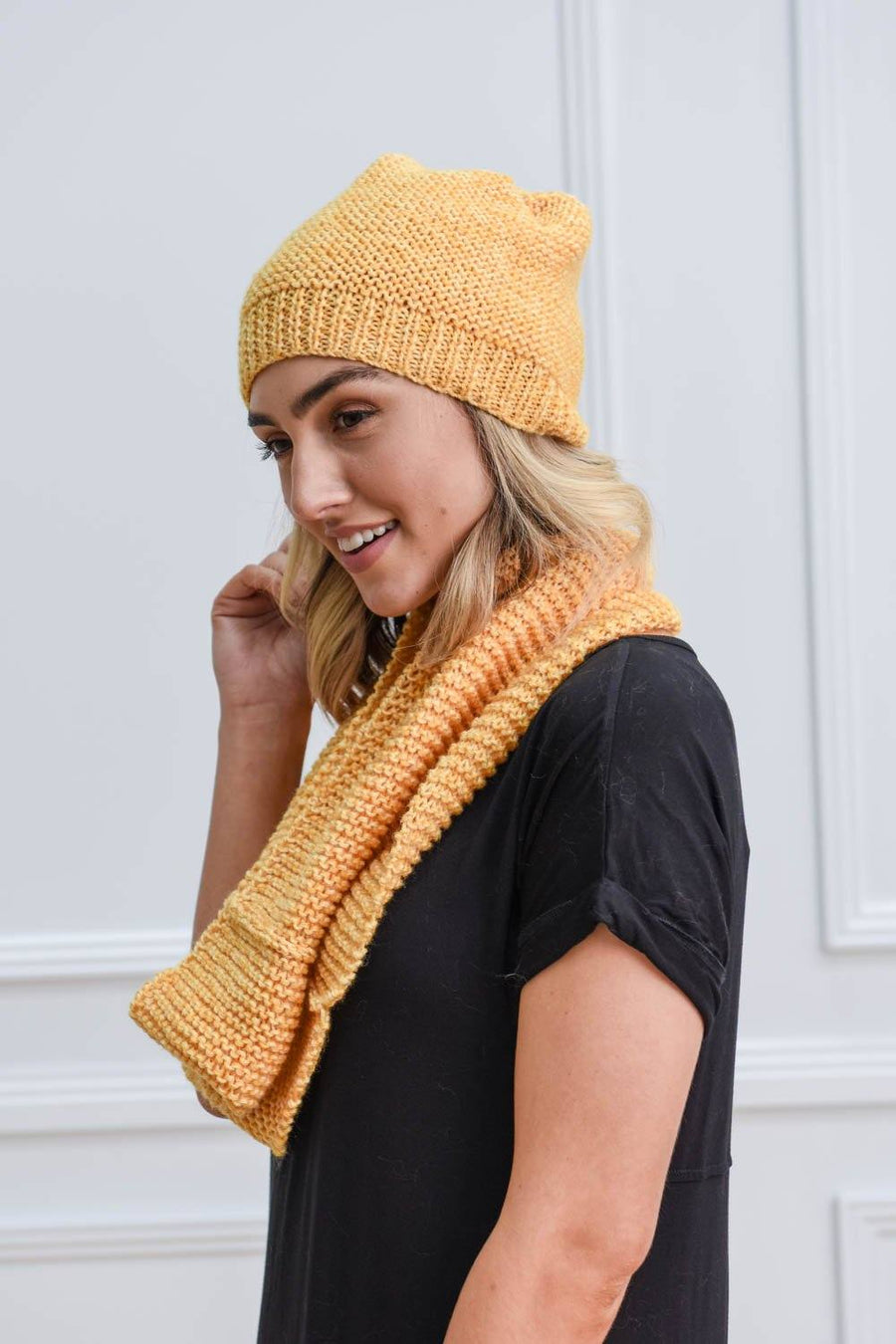 Jamie Knit Snood - Mustard Scarf Gray.Label