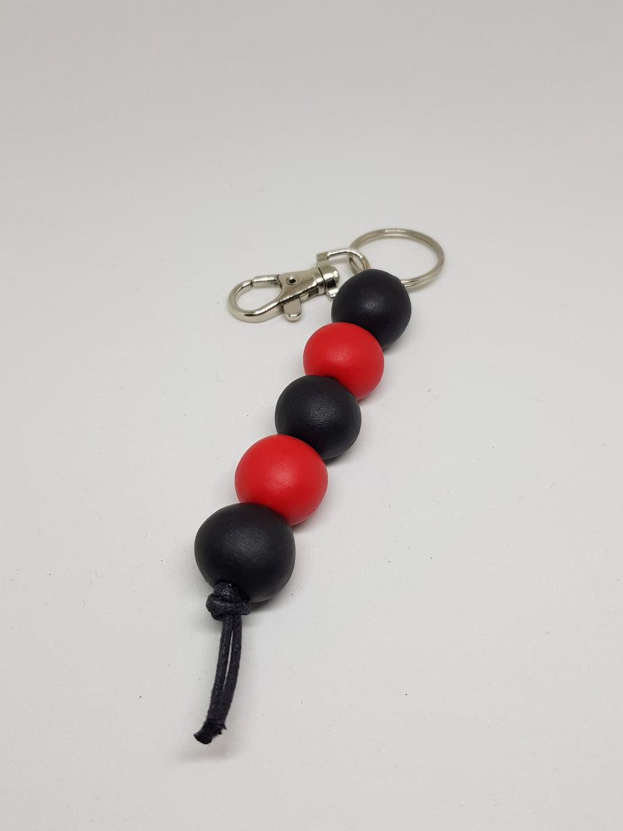 Keychain/Bag Charm | Black and Red Necklace Gray.Label