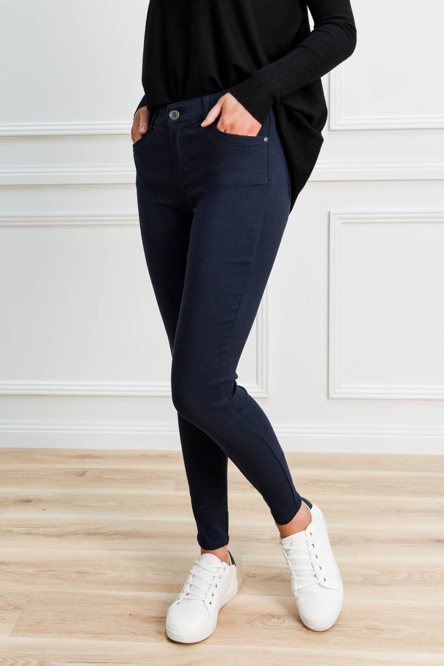 Kyla Stretch Jeans | Navy Jeans Gray Label