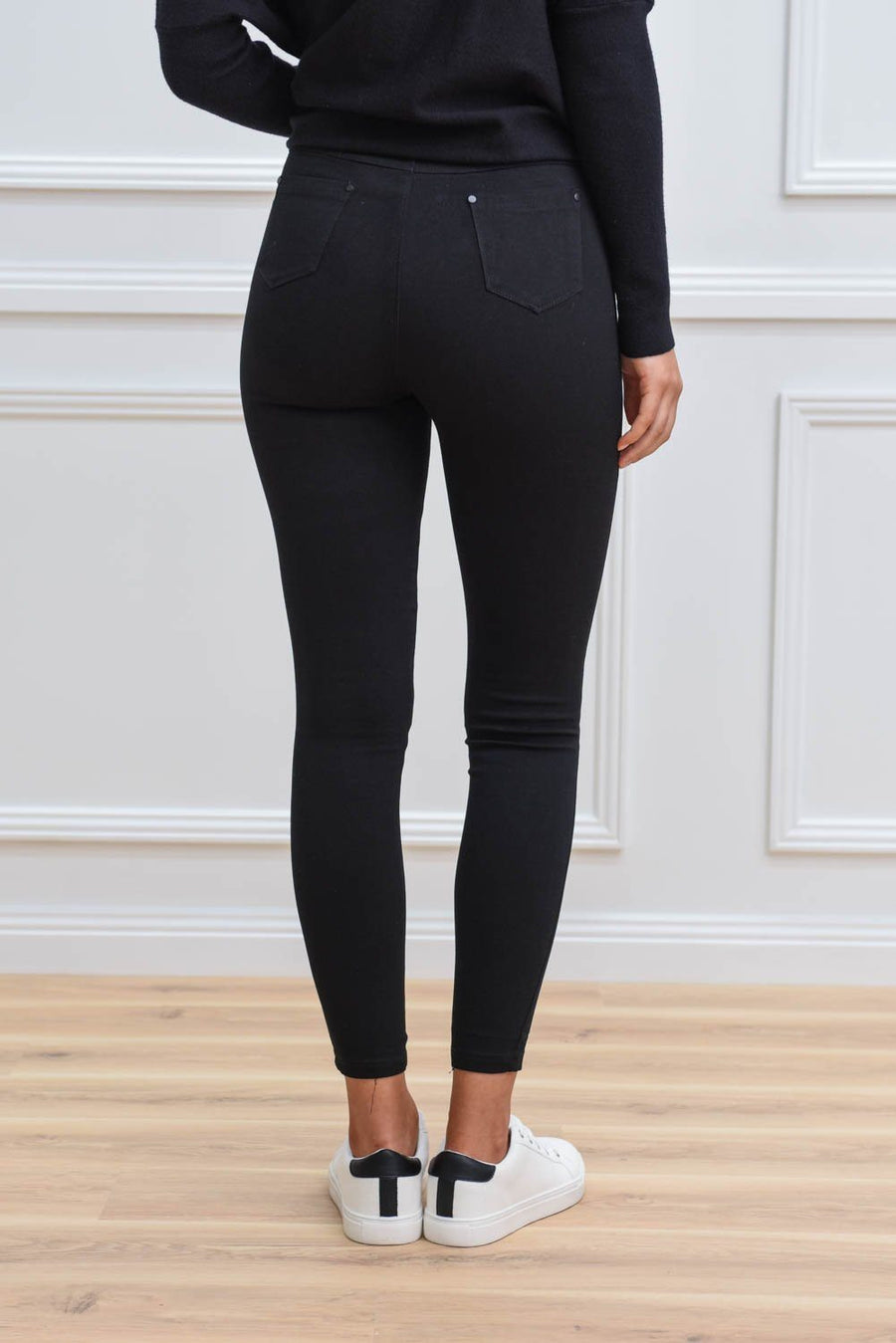 Mia Jegging - Plain Black Pants Gray Label