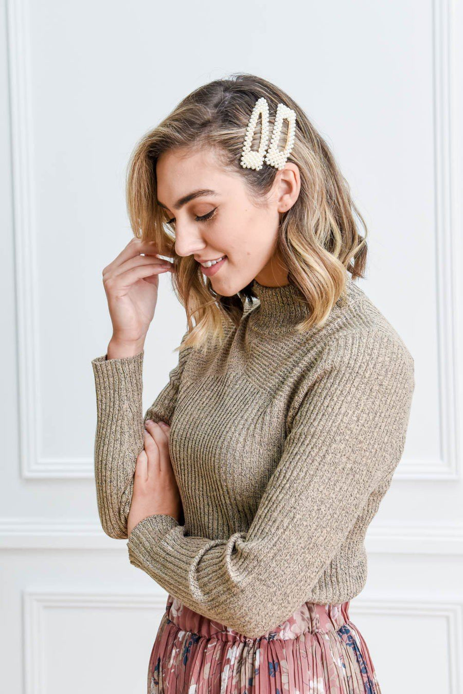 Sierra Turtleneck Knit | Beige Top Gray Label