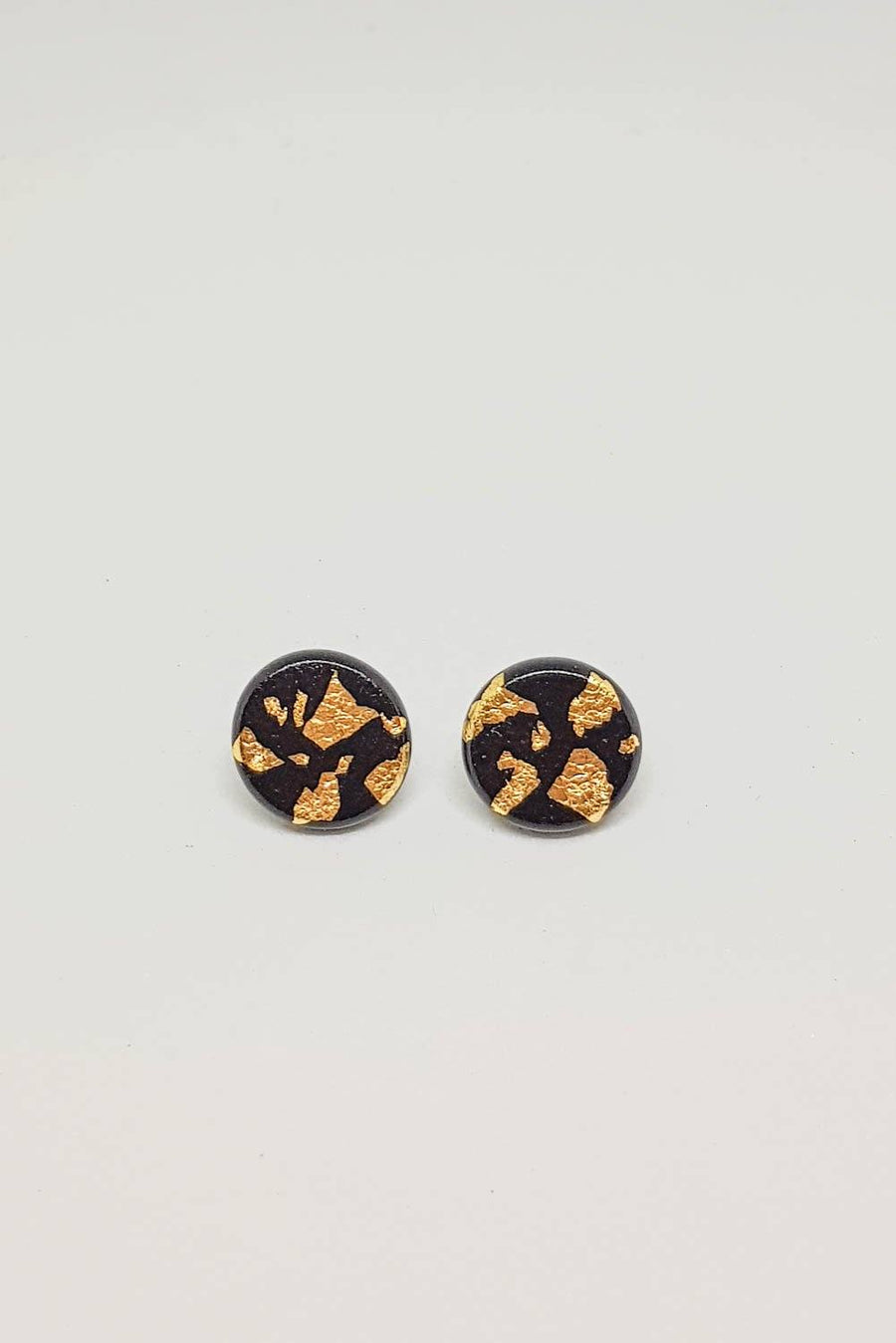 Studs | Black With Gold 15 mm Earrings Gray.Label