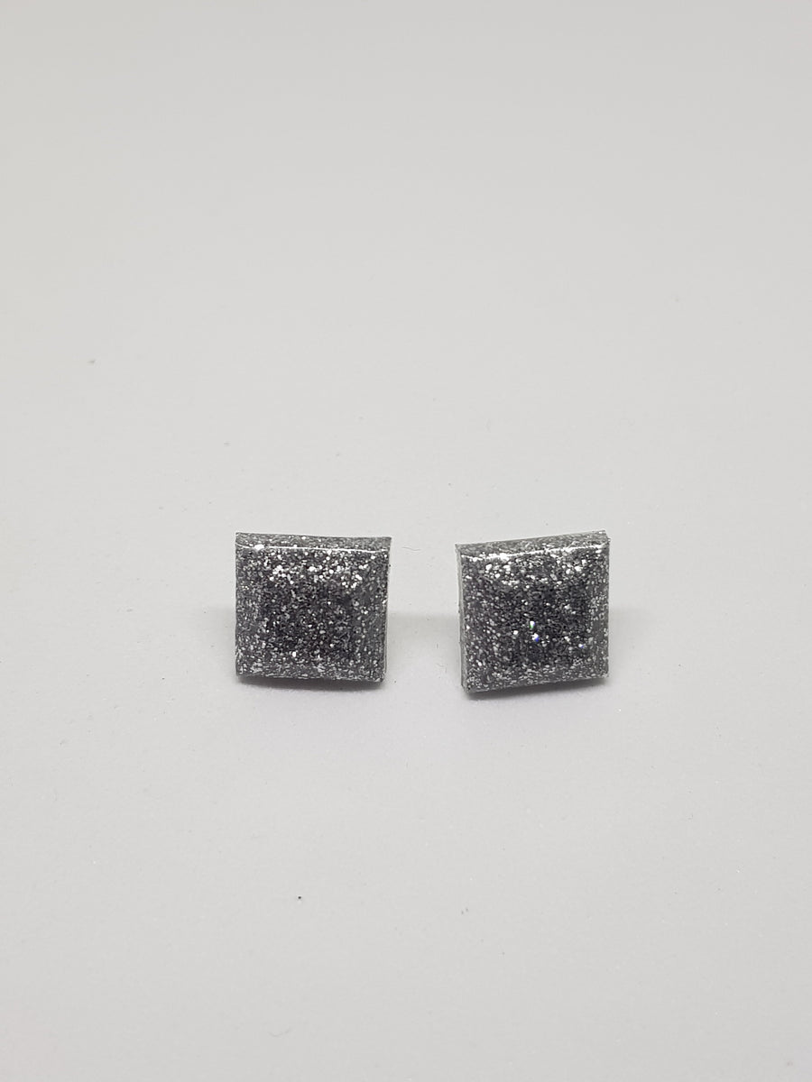 Studs | Glitter Silver Squares 15 mm Earrings Green Avenue