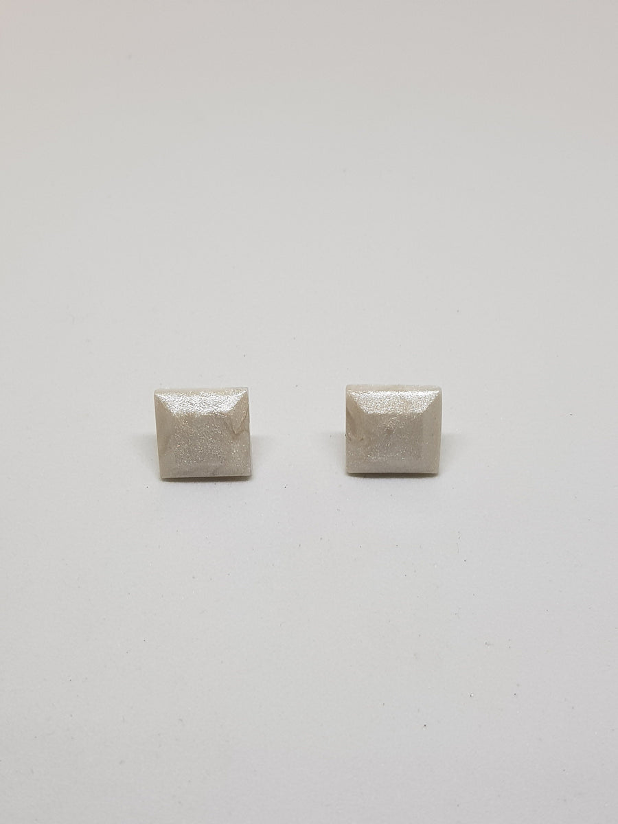Studs | Mother Of Pearl Square Studs 13 mm Earrings Linart Designs