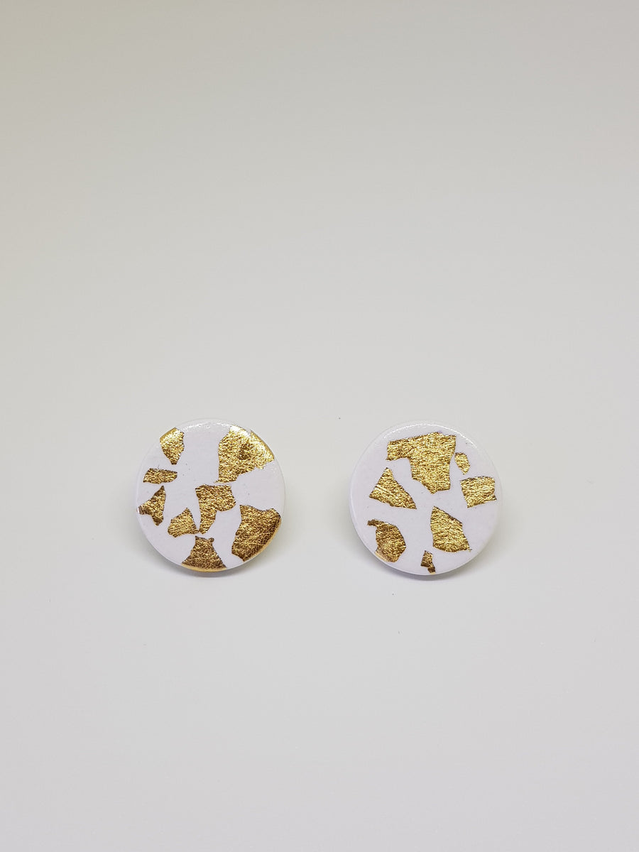 Studs | White With Gold 21 mm Earrings Gray.Label