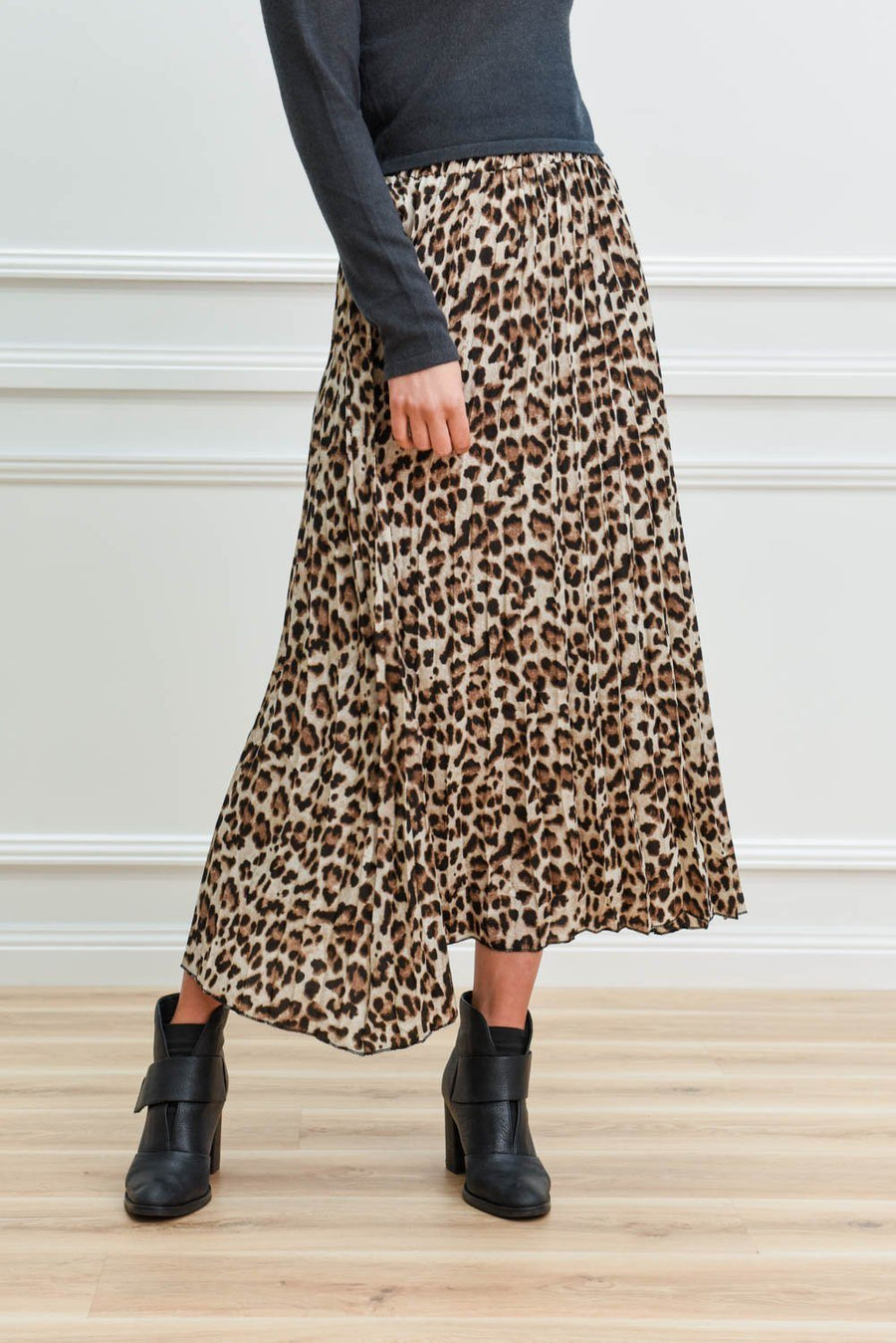 Tina Maxi Skirt | Leopard Skirt Gray Label