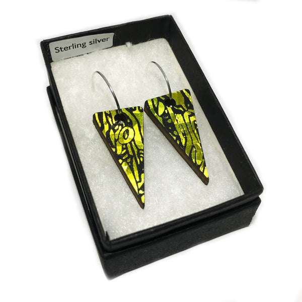 Wooden Triangle Earrings: Citrus Acid Yellow