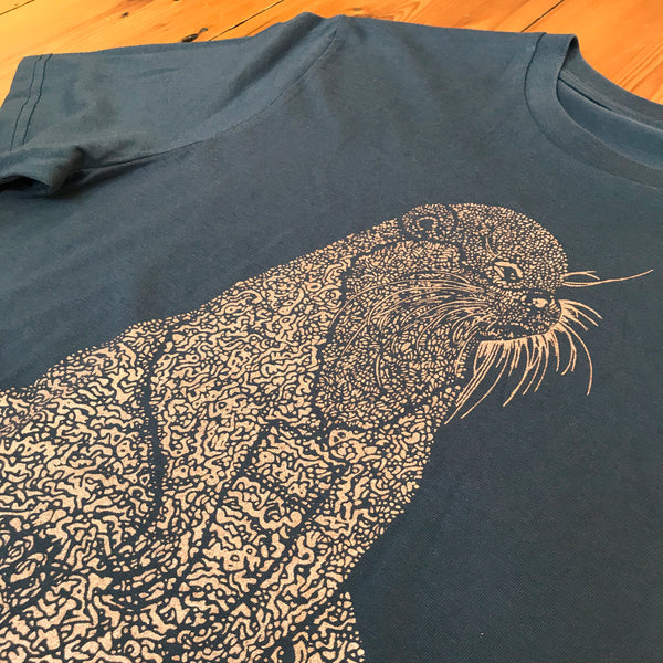organic-cotton-otter-tee