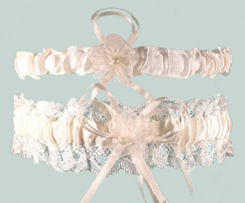 Luxury Cream Lace Garter