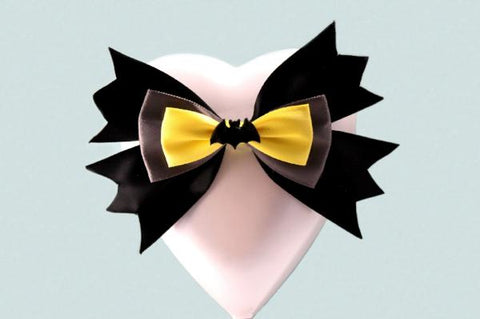 """Bat"" Superhero Theme Wedding Heart Cake Topper"