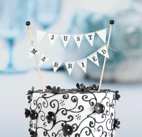 Just Married Cake Topper Bunting