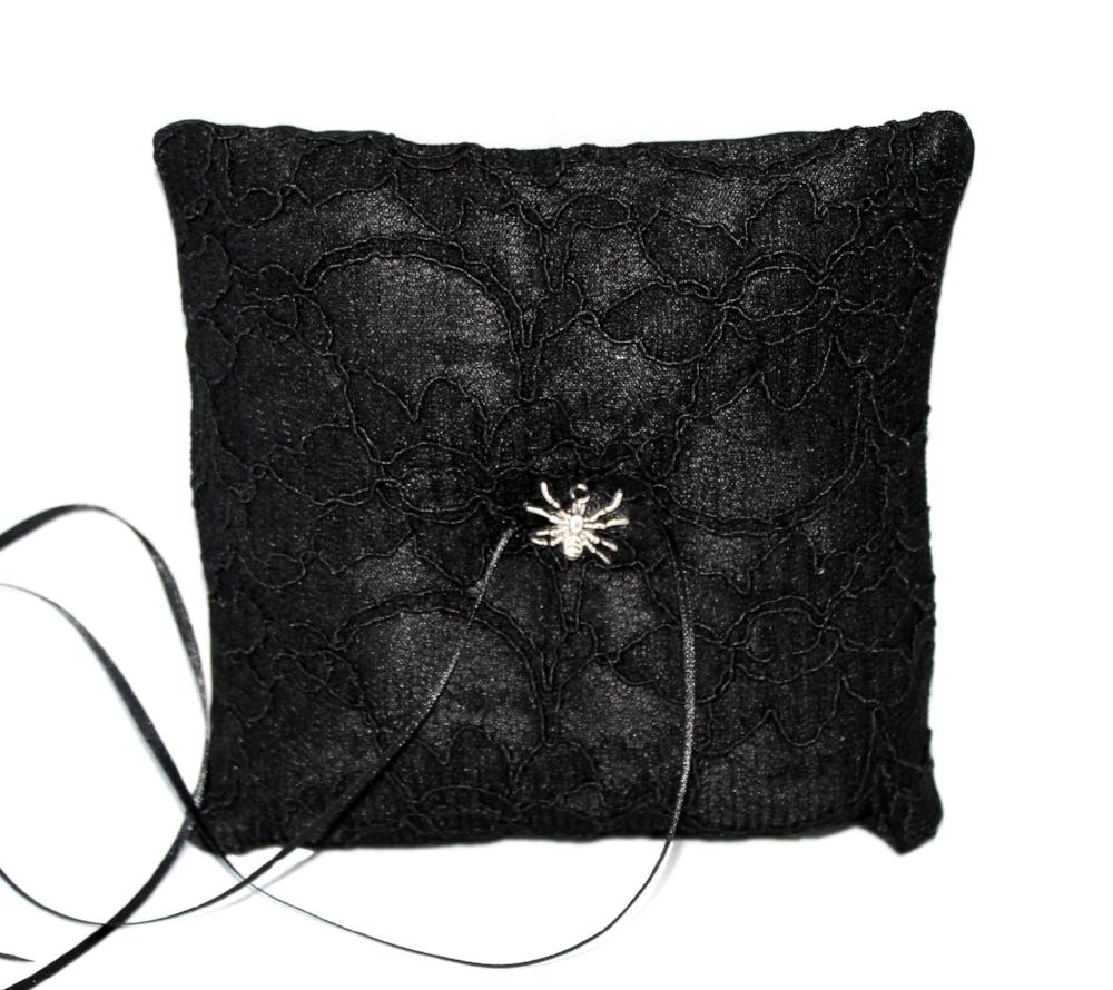 Gothic Wedding Ring Pillow – Spider