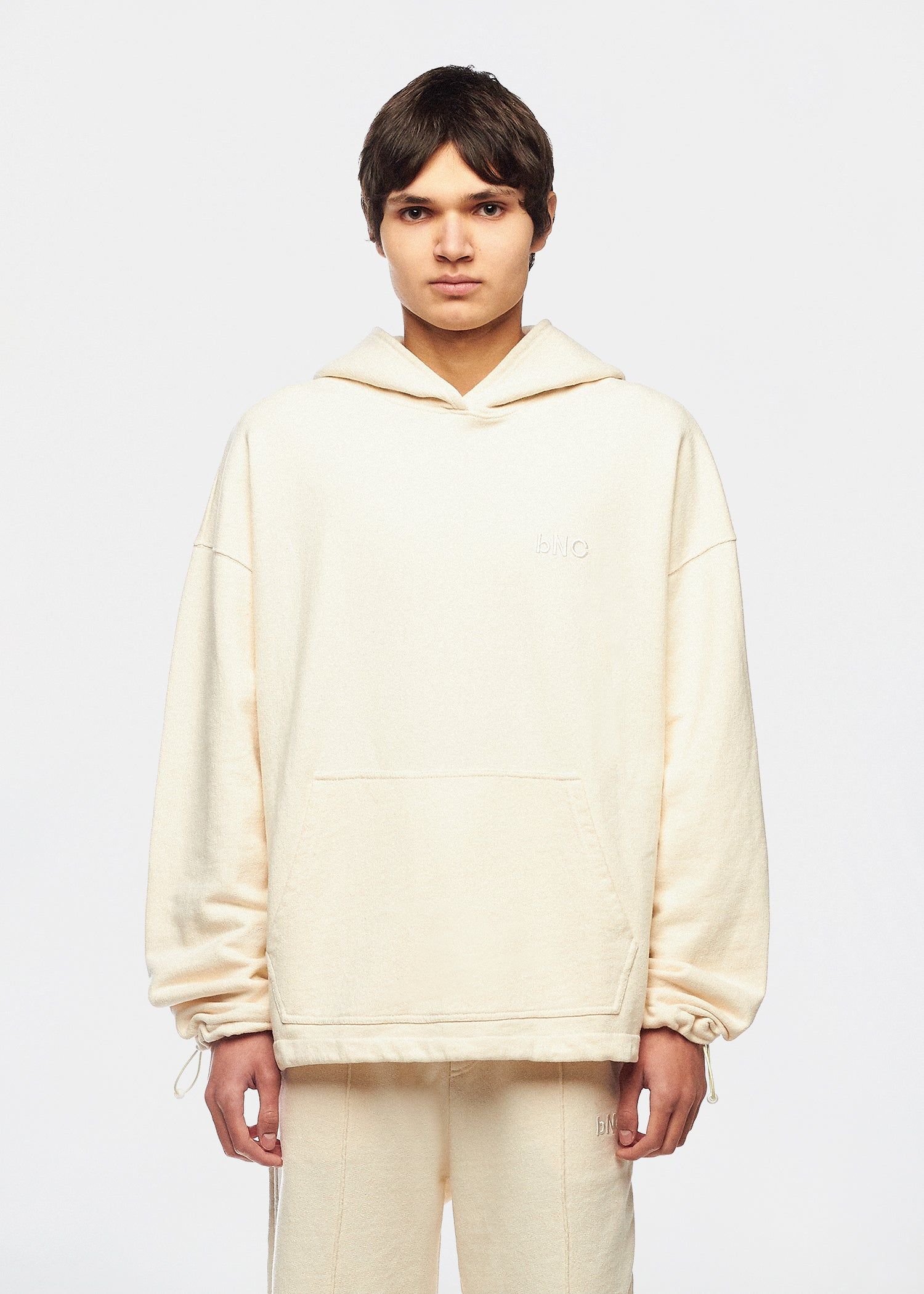 HEITOR OFF-WHITE HOODIE