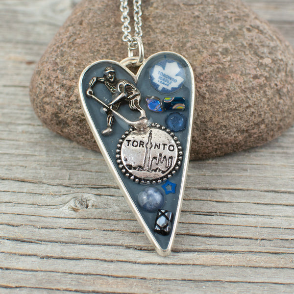 Toronto Maple Leafs theme long heart necklace
