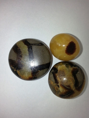 "Septarian ""the speaking stone"" - Very Shari"