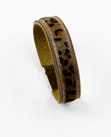 Animal Print Wrap Bracelet - Green