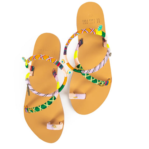 Lois Crossover Sandals
