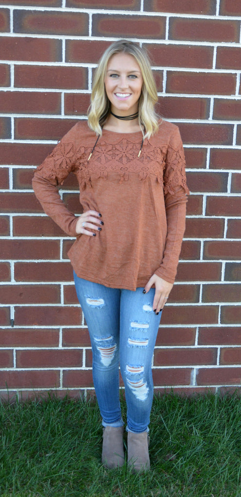 LACE TRIMMED SWEATER - Rust