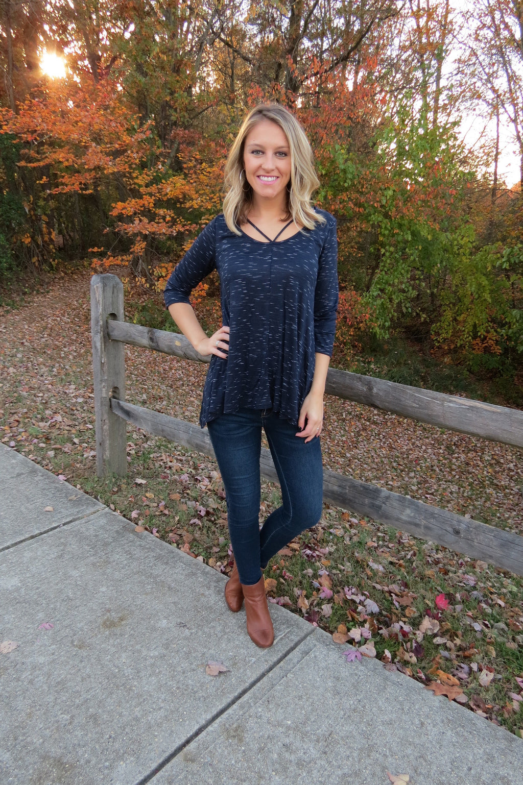 COMFY STRAPPY TOP - NAVY