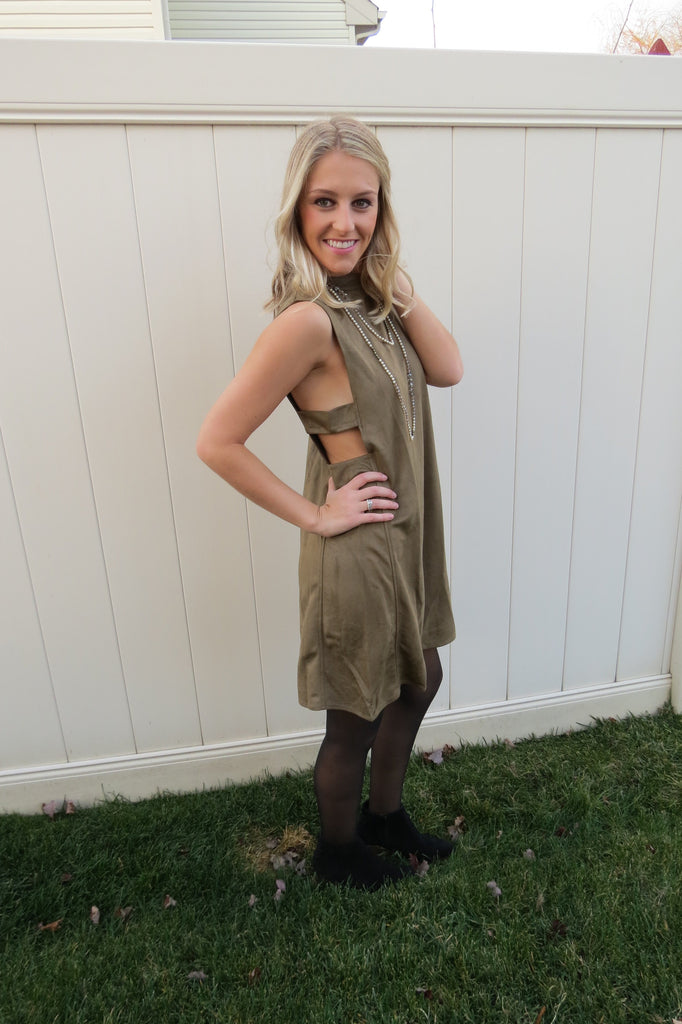 SLEEVELESS SUEDE SHIFT DRESS WITH SIDE CUTOUTS - Olive