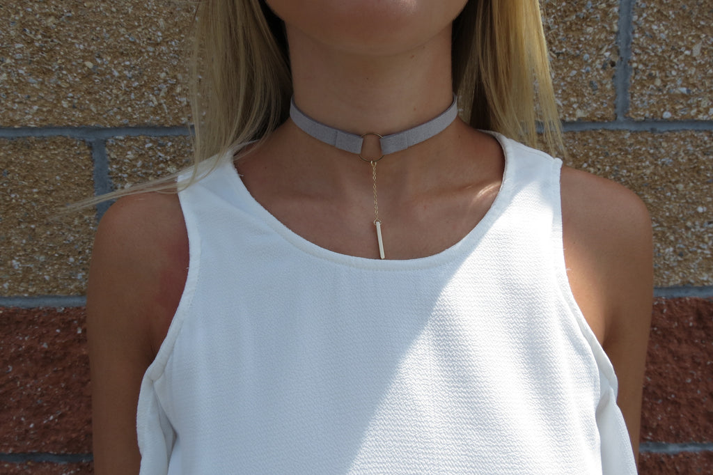 Drop Bar Choker - Grey