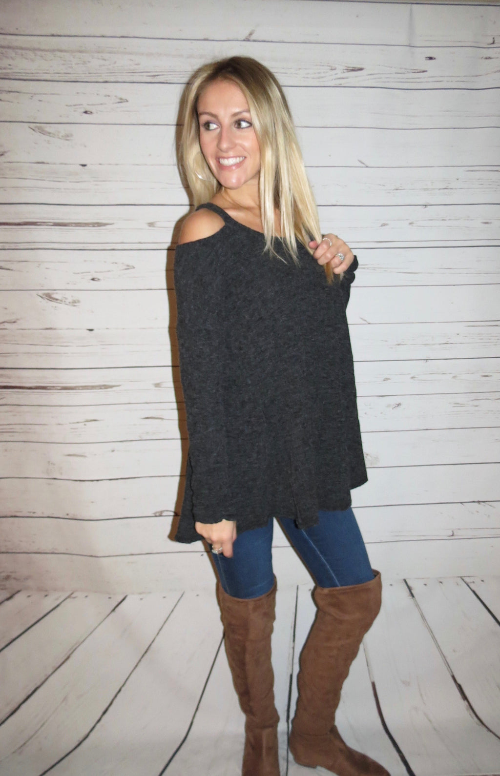 Long Sleeve Open Shoulder Knit Tunic