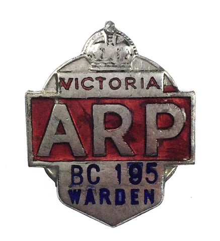 World War Two Australia Victoria ARP Air Raid Wardens Enamel Cap Badge