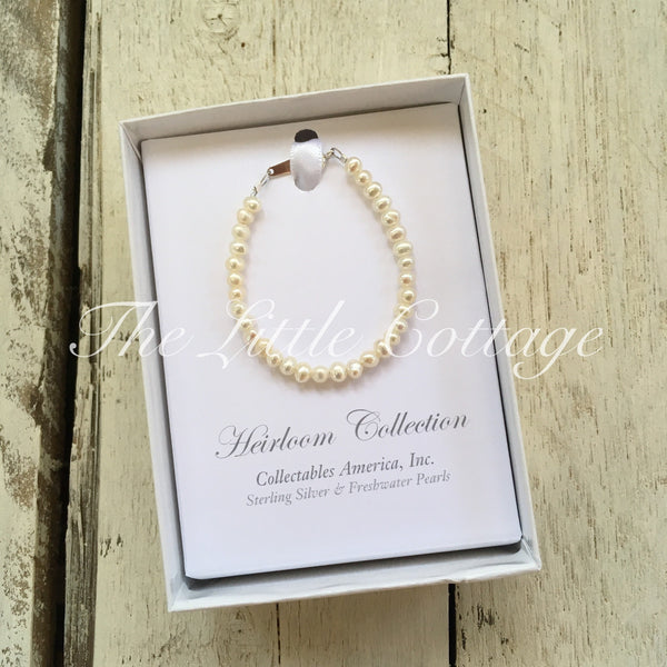 Heirloom Collection Pearl Bracelet