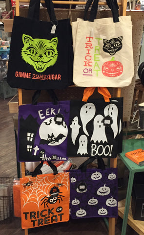 These tote bags are much more festive than plastic pumpkins!