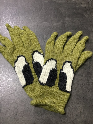 Grinch Like Gloves