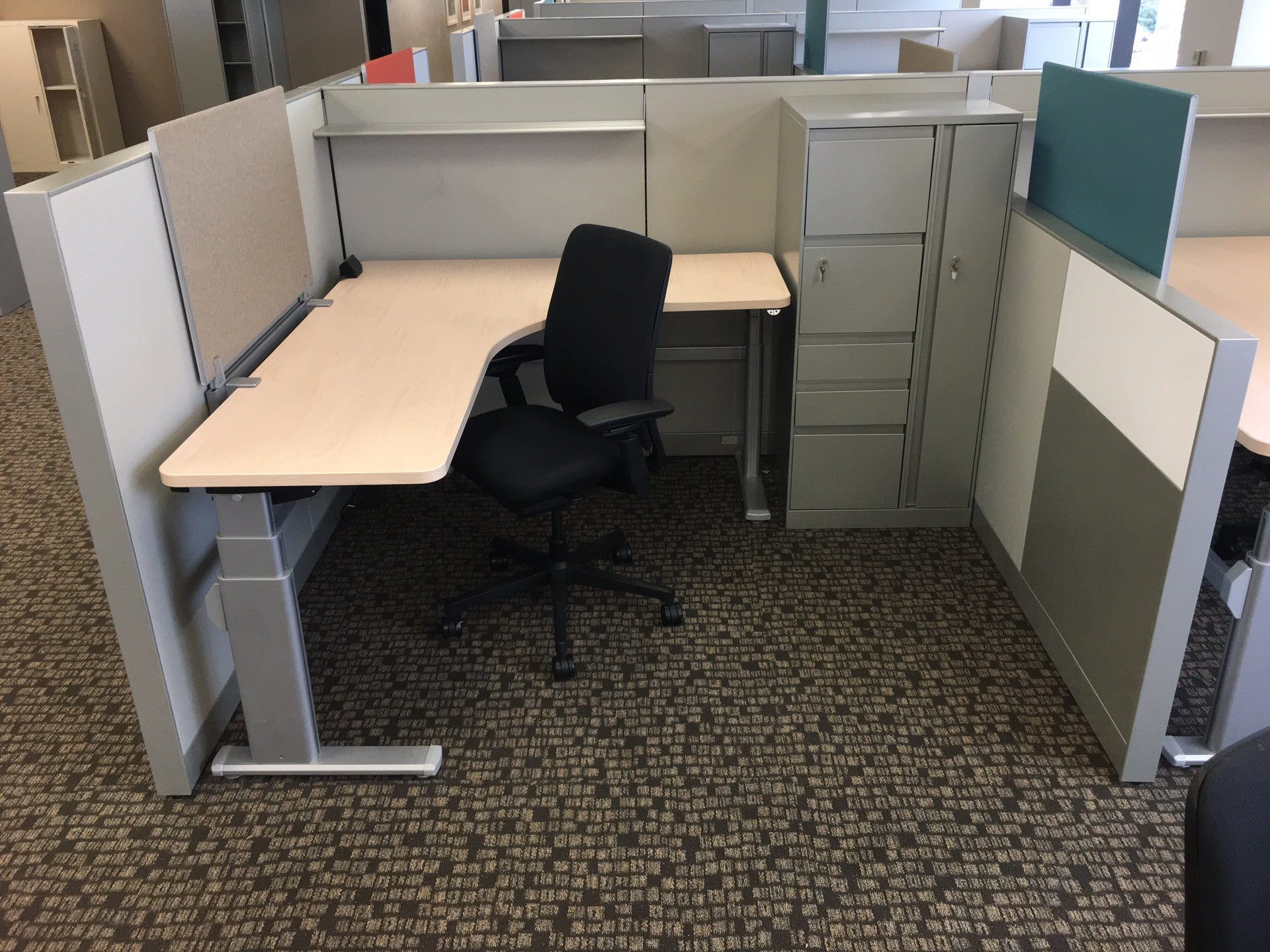 Steelcase Pre-Owned Cubicles<span>