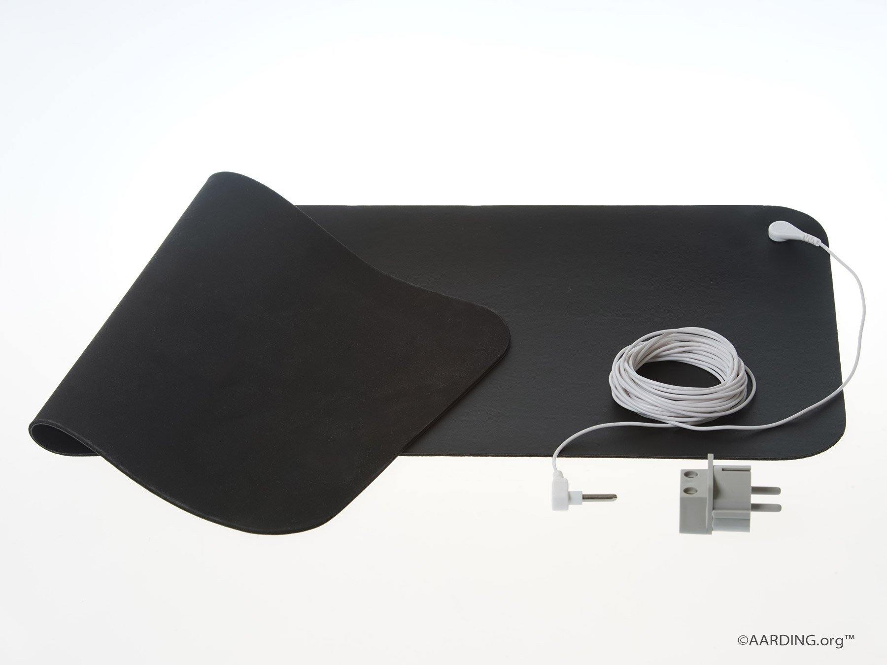 "Grounding Mat Carbon Leather 26x68cm (10"" x 27"") Incl. cable 5 m and adapter - Aarding"