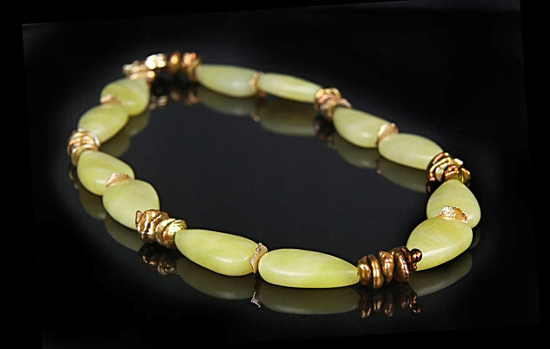 Glistening Moss: Princess Necklace-Jade Pearls Gold